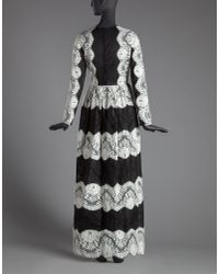 Dolce & Gabbana - Long Dress In Black And White Scalloped Lace - Lyst
