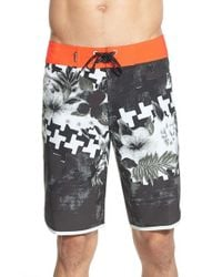 Quiksilver Black 'holiday Paste' Scalloped Board Shorts for men