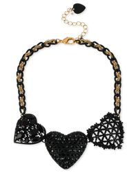 Betsey Johnson - Gold-tone Black Three Heart Frontal Necklace - Lyst