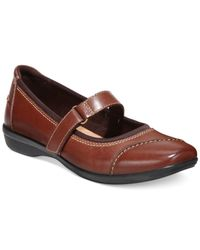 Clarks | Brown Collection Women's Haydn Garnet Flats | Lyst