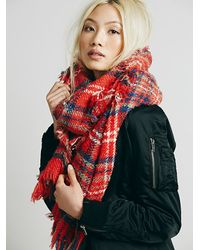 Free People Red Womens Sienna Oversized Plaid Scarf