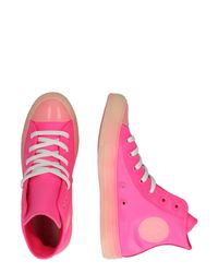 Converse Pink Sneaker