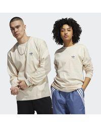 Adidas White 2.0 Logo Longsleeve – Genderneutral