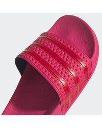 Chancla Adilette Adidas de color Pink