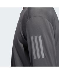 T-shirt Own the Run Adidas pour homme en coloris Gray