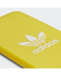 Funda iPhone 8 Snap Adicolor Adidas de color Yellow