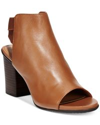 Kenneth Cole Reaction | Brown Frida Fly Dress Sandals | Lyst