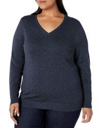 Plus Size Lightweight V-Neck Sweater Pullover-Sweaters Amazon Essentials de color Blue