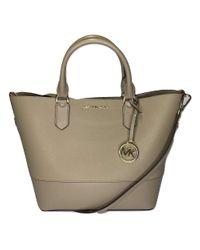 MICHAEL Trista Large Grab Bag di Michael Kors in Gray