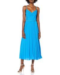 Chain Detail Strap Pleat Dress Robe de soirée Karen Millen en coloris Blue