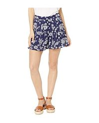Tossed Lace Print Shorts di Michael Kors in Blue