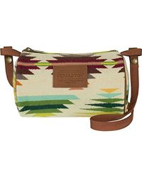 Pendleton Multicolor Travel Kit With Strap