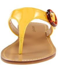 Nine West S Fanciful Patent Buckle Thong Sandals Yellow 5 Medium (b,m)