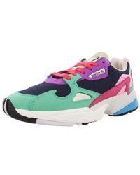 Falcon W Retro Running Shoes di Adidas in Multicolor