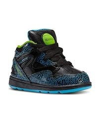 2a4992a3e399 Reebok Unisex Babies  Versa Pump Omni Lite First Walking Shoes in ...