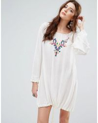 Glamorous White Long Sleeve Smock Dress With Drawstring And Delicate Embroidery