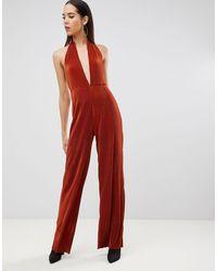 ASOS Asos Design - Tall - Diepuitgesneden Plissé Halter-jumpsuit in het Red
