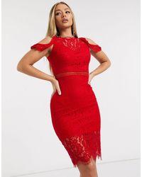 Vestido midi con hombros descubiertos y diseño AX Paris de color Red