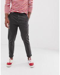 Pantalon chino fuselé - délavé ASOS pour homme en coloris Gray