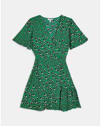Зеленое Платье На Пуговицах С Цветочным Принтом -зеленый Цвет TOPSHOP, цвет: Green