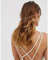 Coroncina oro con conchiglie, perle e cristalli di ASOS in Metallic