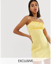 Inspired - Vestitino con spalline sottili di Reclaimed (vintage) in Yellow