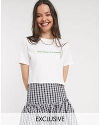 T-shirt corta oversize di New Girl Order in White