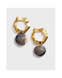 Orecchini pendenti a righe con pietra di Whistles in Metallic