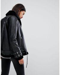 Giacca da aviatore di Vero Moda in Black
