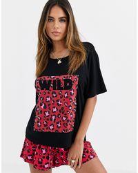 Camiseta con diseño animal superpuesto en rojo Mix & Match ASOS de color Red