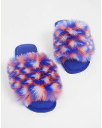Zazzy - Chaussons en fausse fourrure - colore ASOS en coloris Blue