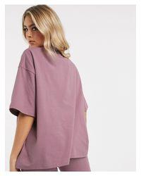 T-shirt oversize con motivo malva di The Couture Club in Purple