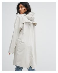 Giacca lunga impermeabile di Rains in White