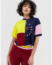 NSW - T-shirt color block à découpe Nike en coloris Multicolor