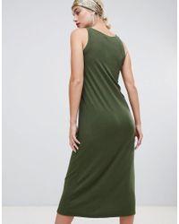 Robe côtelée mi-longue Stradivarius en coloris Green