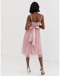 Robe mi-longue avec tulle et corsage ornementé contrasté à fines bretelles - vintage Maya Maternity en coloris Pink