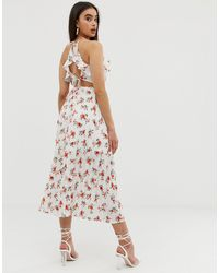 Robe mi-longue à fleurs avec jupe plissée Fashion Union en coloris White