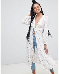 Kimono a fiori di New Look in White