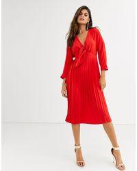 Vestido midi plisado con nudo delantero ASOS de color Red