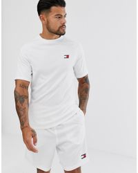Tommy Sport S – es T-Shirt aus Netzstoff mit Logo am Rücken in White für Herren