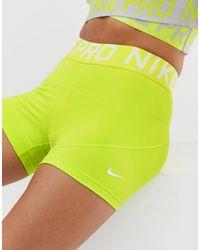 Nike - Pro Training - Short 3 pouces - citron Nike en coloris Green