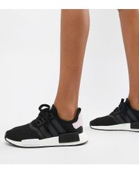 adidas Originals Nmd R1 Sneakers In Black And Pink - Lyst