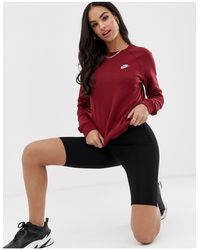 Felpa basic girocollo bordeaux di Nike in Red