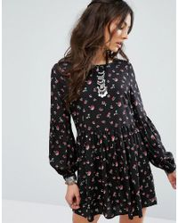 Glamorous Red Smock Dress With Wide Sleeves In Rose Print