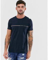 T-shirt a righe con logo piccolo sul petto blu navy di Tommy Hilfiger in Blue da Uomo