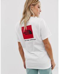 Camiseta blanca con recuadro rojo The North Face de color Multicolor