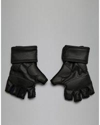 Training - Guanti neri cv5843 di Reebok in Black da Uomo