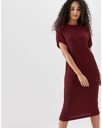 Vestido estilo camiseta midi con diseño agrietado ASOS de color Red