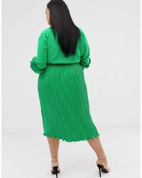 Vestido midi plisado con detalle PRETTYLITTLETHING de color Green