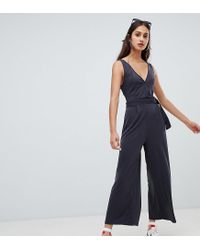 d7f95ef45f Bershka V Neck Jumpsuit With Belt in Green - Lyst